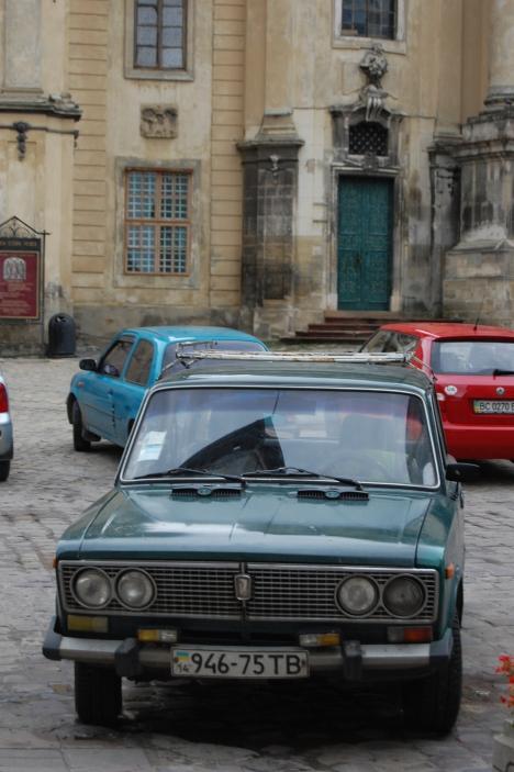 Lwów - samochody