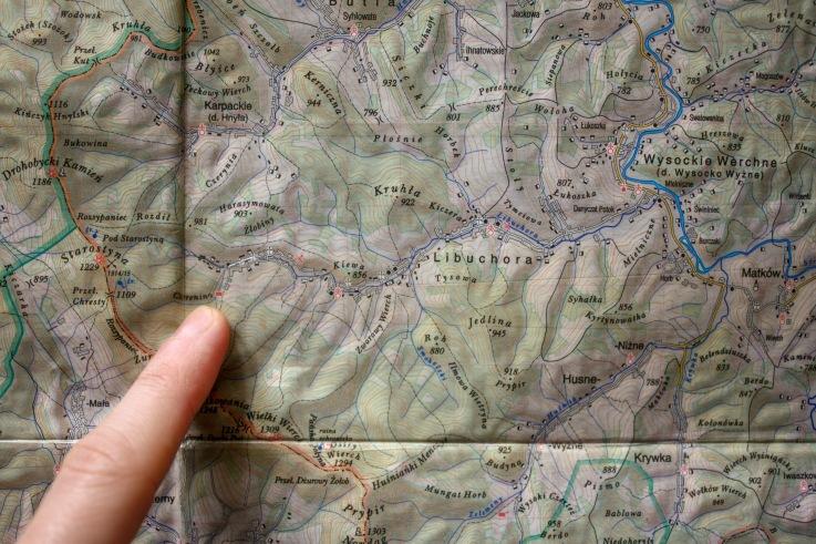Palcem zaznaczona turbaza w Libuchorze - W. Krukar - Bieszczady wschodnie, mapa 2007, Wydawnictwo Ruthenus